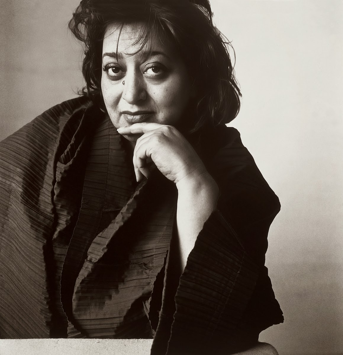 be inspired designer profile zaha hadid. Black Bedroom Furniture Sets. Home Design Ideas