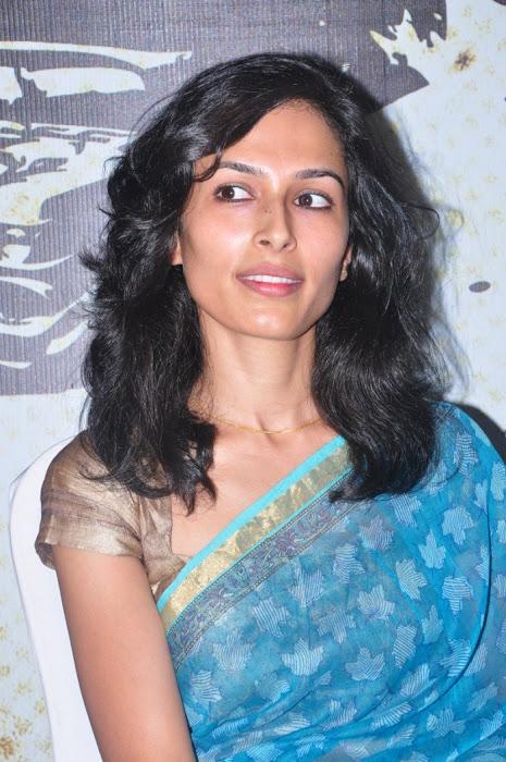 yasmin ponnappa aaranya kaandam press meet actress pics