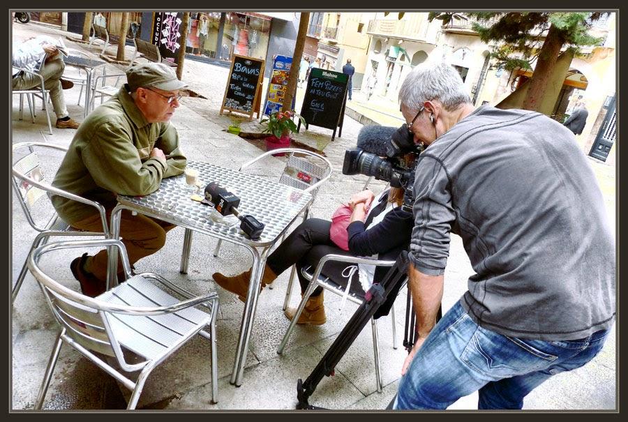 TV3-ENTREVISTES-MANRESA-PERSONATGES-INCIVISME-FESTA MAJOR-NURIA BACARDIT-FOTOS-PINTOR-ERNEST DESCALS-