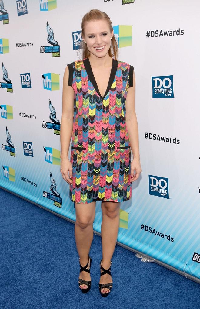 Kristen Bell Stunning in Jenni Kayne dress and Jimmy Choo shoes