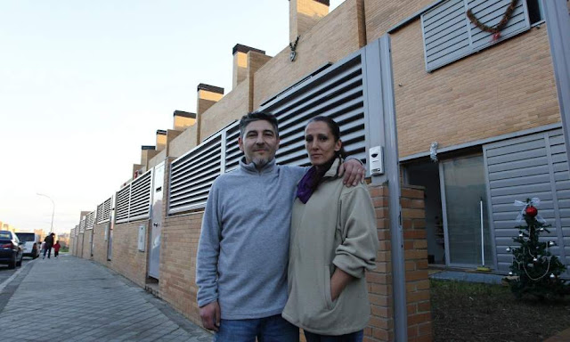 couple displaced from their housing