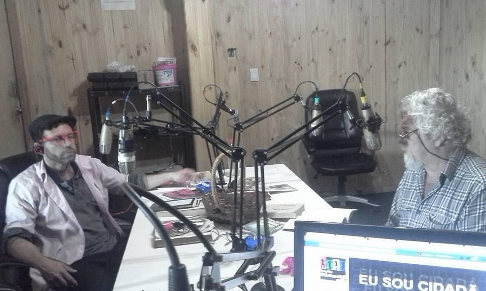 Eu, Cláudio Laureatti e Rubens Jardim na entrevista