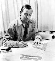Alvar Aalto dibujando