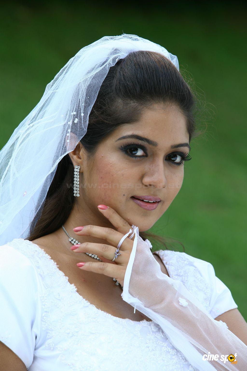 : Meghna Raj : Ponnu Kondoru Aalroopam Malayalam Movie Actress ...
