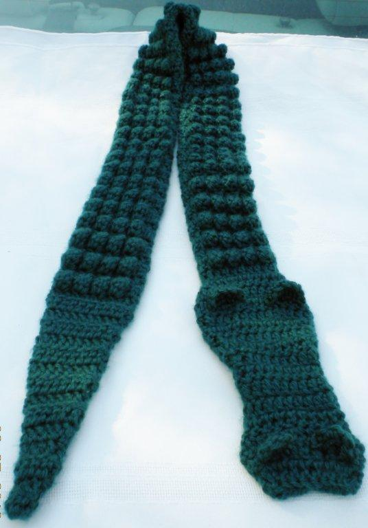 I love to crochet & more!: Crochet Alligator Scarf