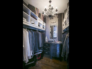 Mens Walk in Robe with Chandelier Brisbane Interior Design Decorator