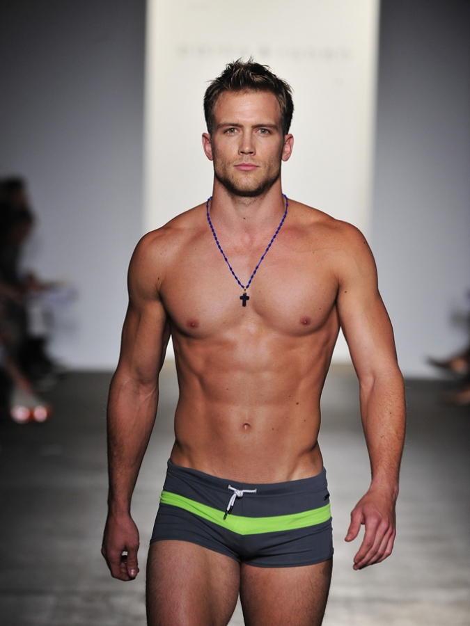 Male Runway Models Pictures