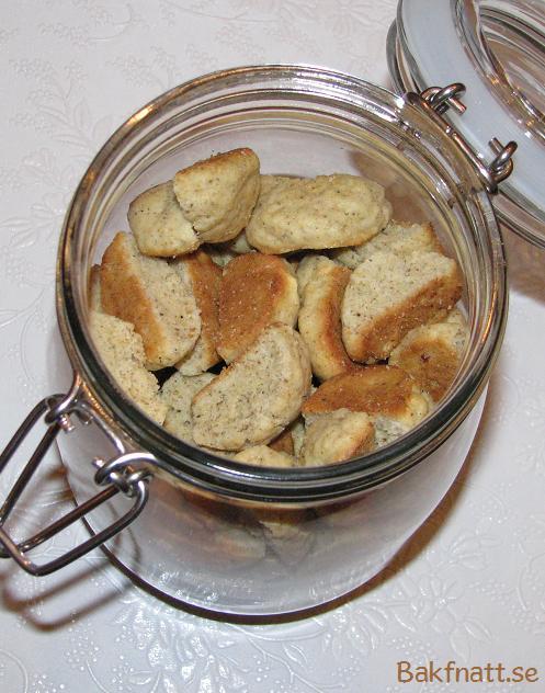 Kardemummaskorpor bakpulver recept