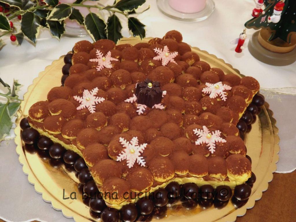La buona cucina di katty torta tiramis a forma di stella - La cucina di sara torte ...