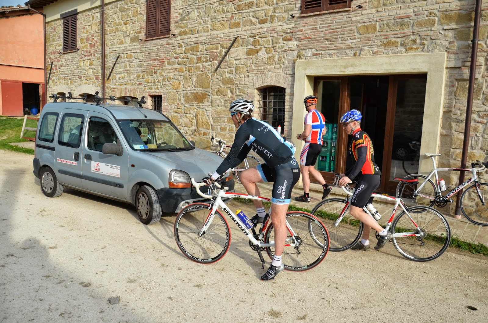cycling marche italy bike rental in camerino