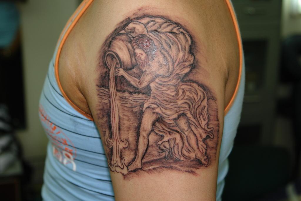 aquarius tattoos for women tattoos art. Black Bedroom Furniture Sets. Home Design Ideas