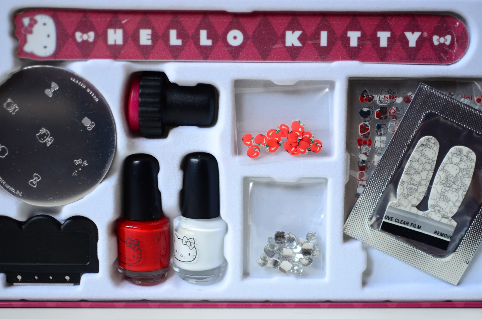 Fun size beauty hello kitty kawaii nail art set hello kitty and prinsesfo Image collections