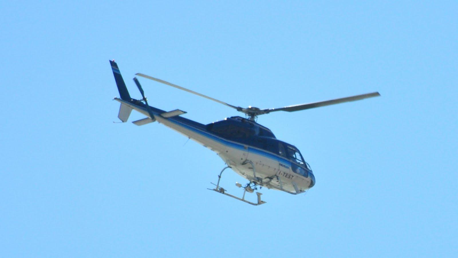Elicottero Wasp : Wasp il cielo di sanremo anni puppa