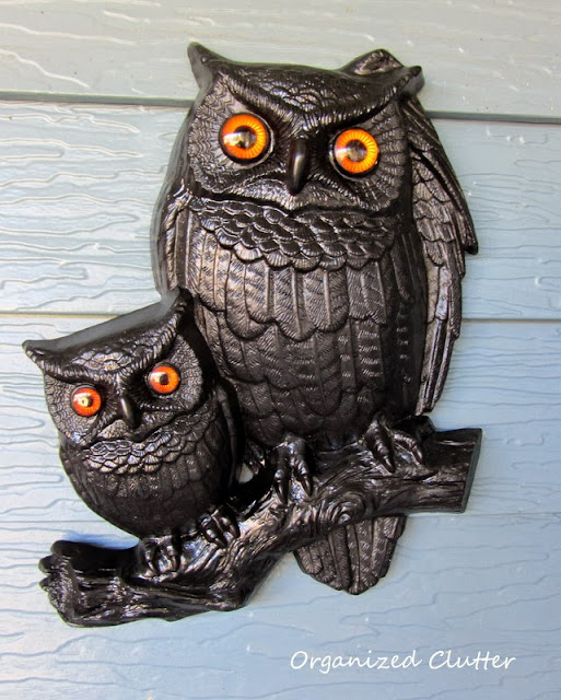 Vintage 1977 Owl Plaques to Halloween Owls