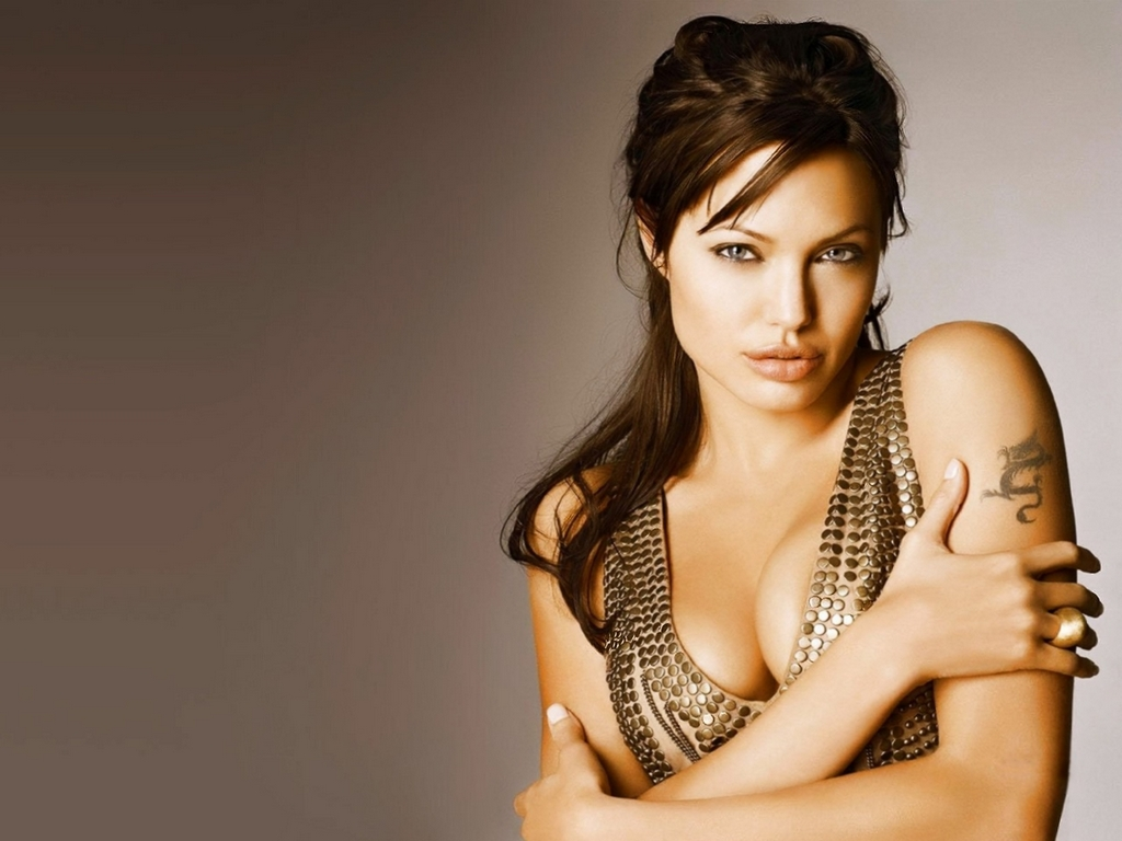 Hollywood All Stars: Angelina Jolie Hot Wallpaper