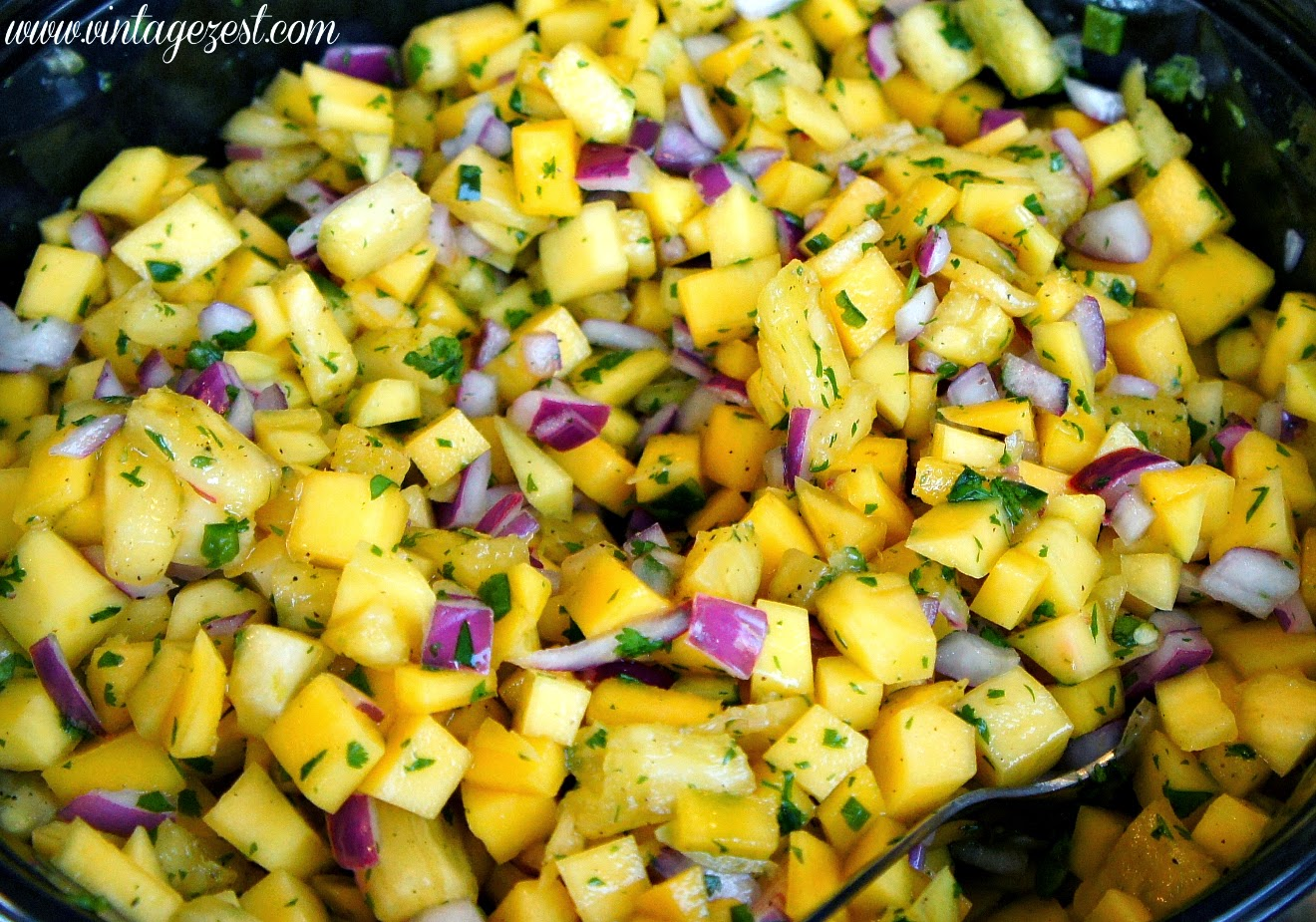 Grilled Tilapia with Spicy Mango Pineapple Salsa on Diane's Vintage Zest! #recipe #shop #cbias #GOWalmart #WMT5663