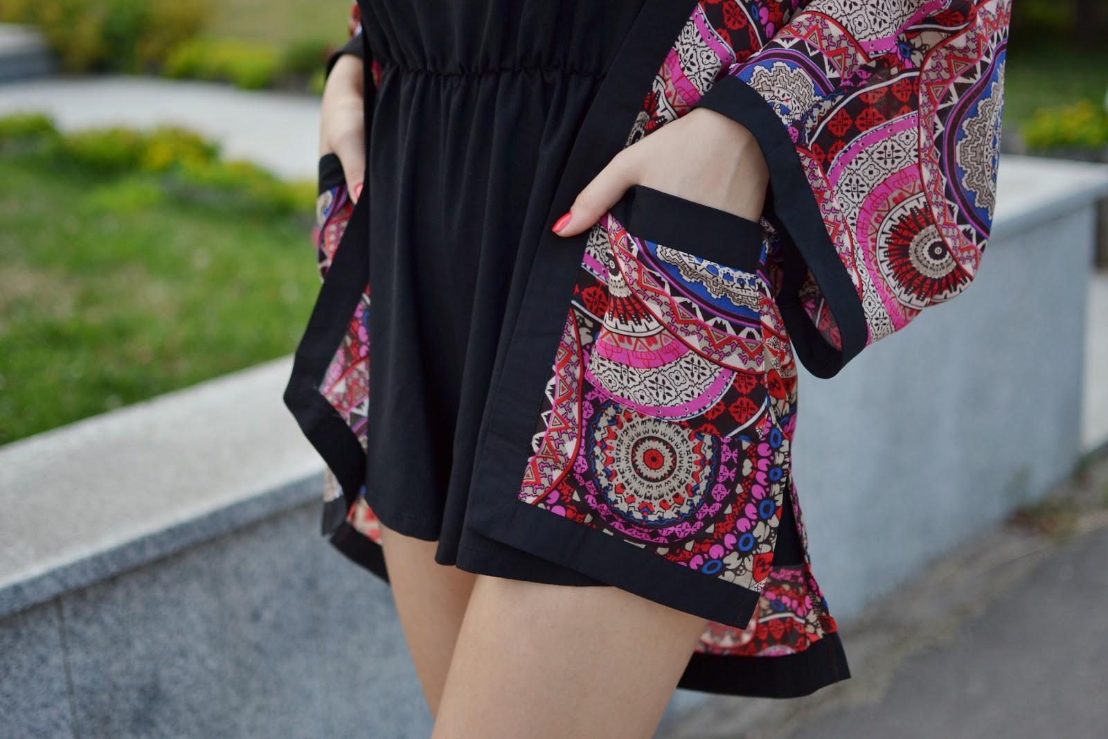 Printed kimono outfit
