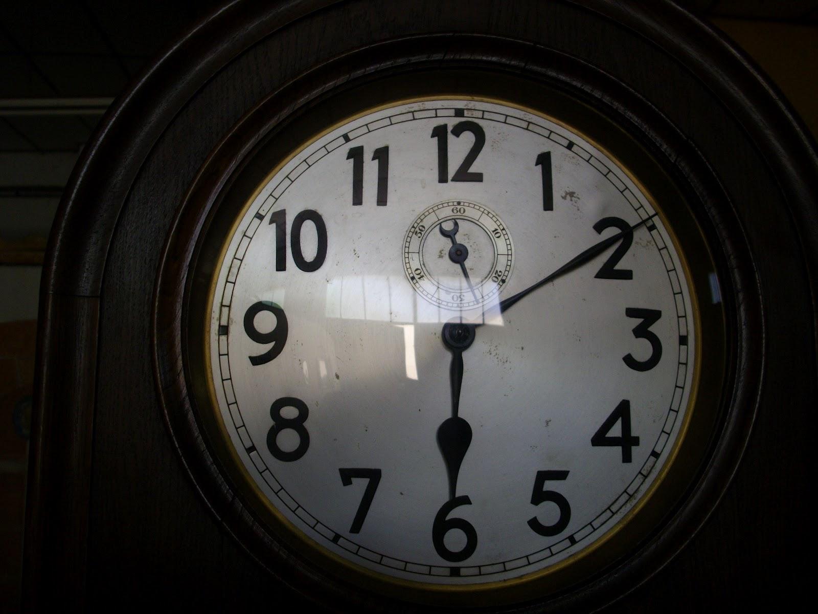 horloge de parquet pendule comtoise art nouveau i. Black Bedroom Furniture Sets. Home Design Ideas