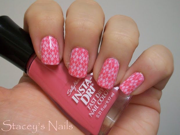 stacey's nails pink & preppy