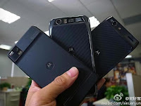 Motorola XT928 and MT 917, Two variants of the Motorola RAZR phone for Chinese market