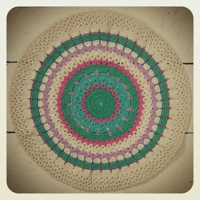 ByHaafner, crochet, round, doily, pastel
