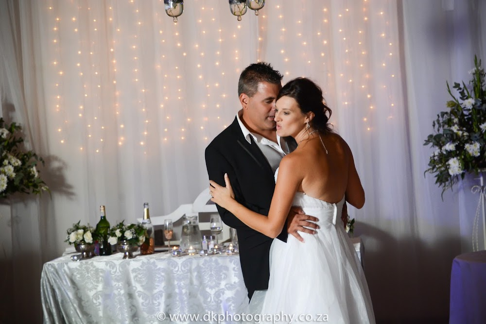 DK Photography DSC_9893-2 Sean & Penny's Wedding in Vredenheim, Stellenbosch  Cape Town Wedding photographer