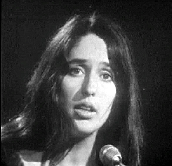 Dave Baez Wallpapers joan baez joan baez claps her hands while singing into an