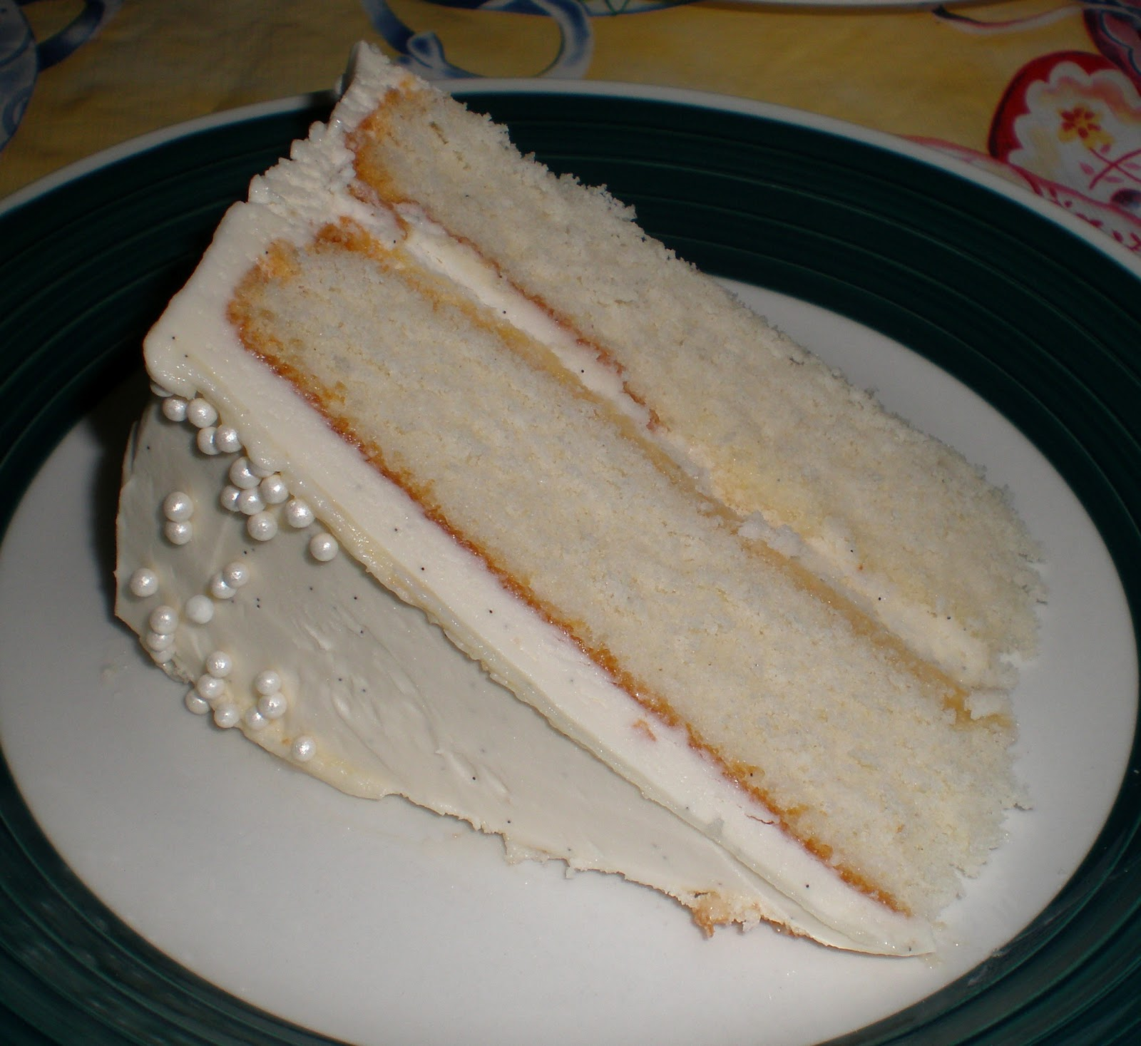 Images Of Vanilla Cake : Sugar-Coated Delights: Fluffy Vanilla Cake with Whipped ...