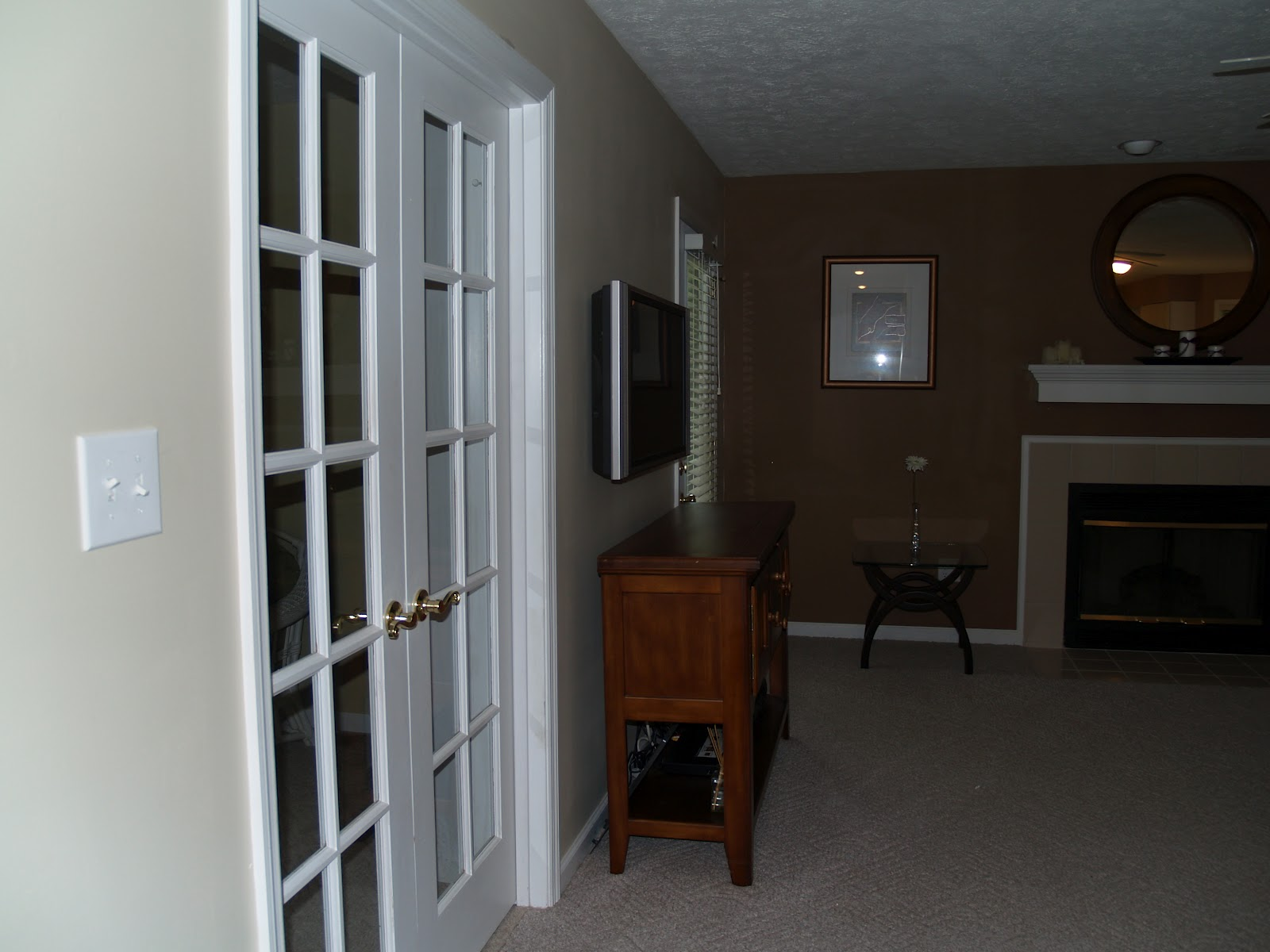 feel like the living room looks and feels lighter and brighter title=
