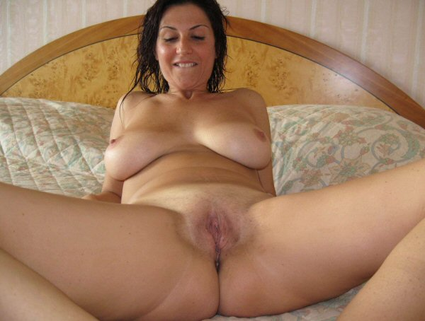 Tasty Mommy Pussy Nice Tits Too Even Grandma Spreads Her Click
