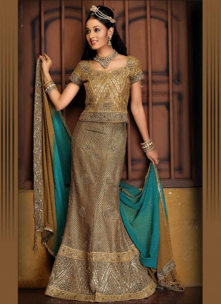 Bridal Wear Fishtail lehnga with Multi work 1 744x1024 Bridal Fishtail Lehnga