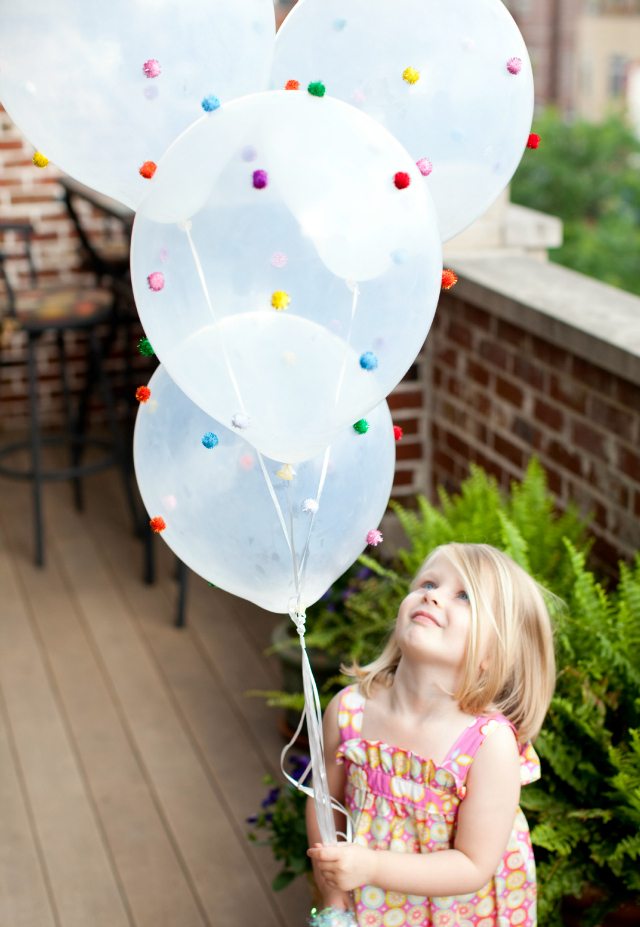 Design Improvised: Pom-Pom Balloons!