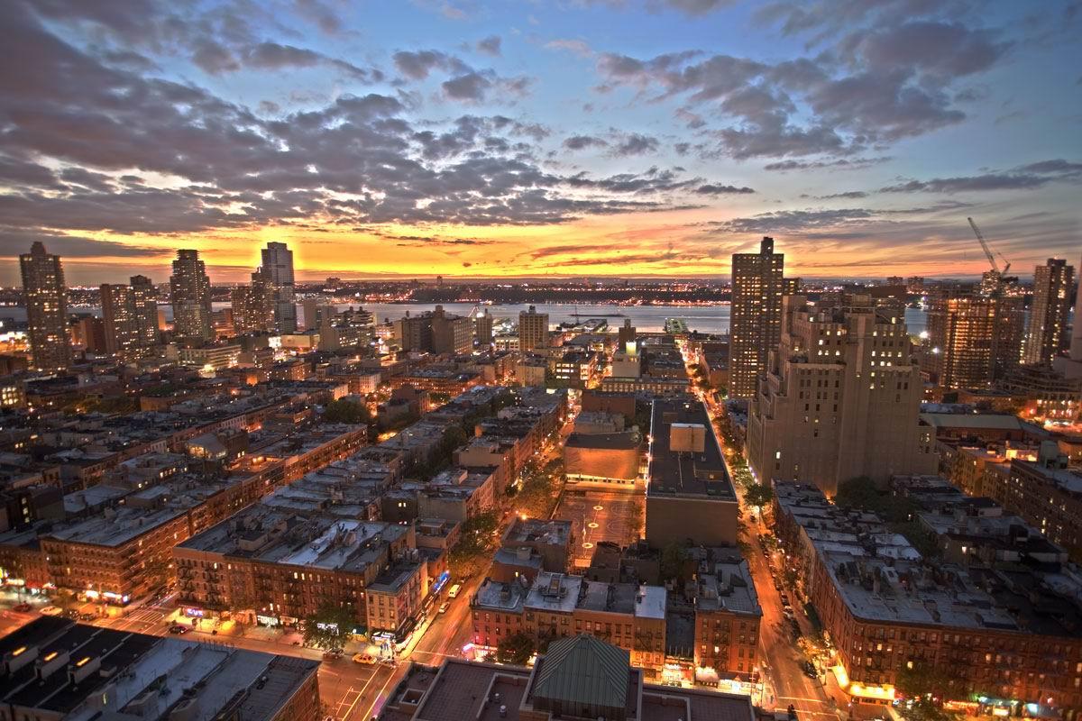 http://3.bp.blogspot.com/-ElmqF-oRRqM/T3Hq_sE5JdI/AAAAAAAAAoQ/7wv9BGRzTEQ/s1600/new-york-skyline1.jpg