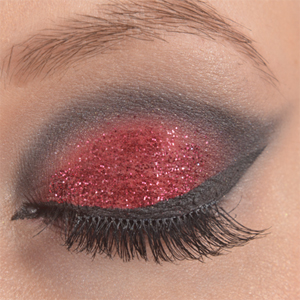 http://oli-rockyourstyle.blogspot.de/2014/03/monday-make-up-madness-anti-valentine.html