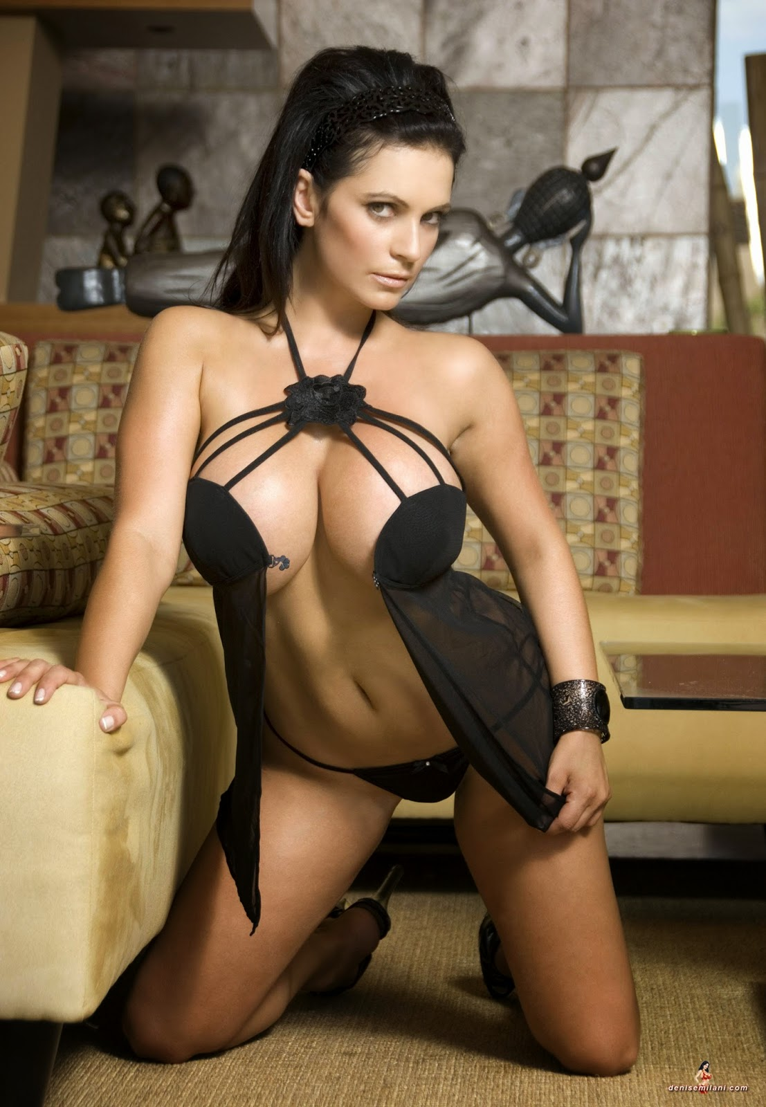 hot women lingerie nude