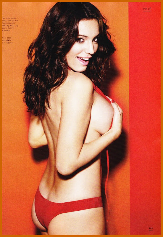 Kelly Brook Strips Down For Esquire Magazine glamour images