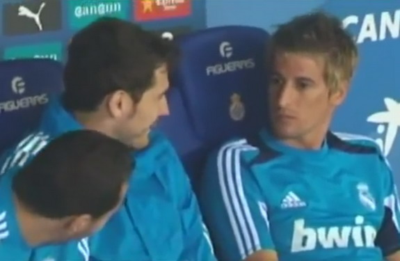 Karim Benzema and Iker Casillas are seen laughing at Real Madrid teammate Fábio Coentrão