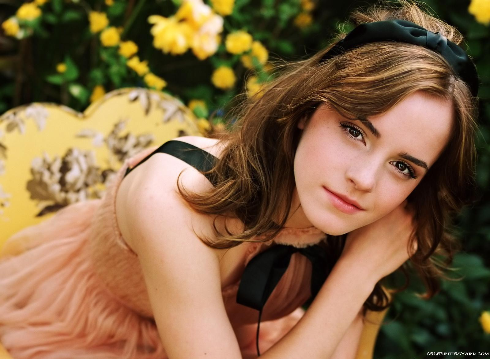 ladies photo collection: emma watson wallpapers