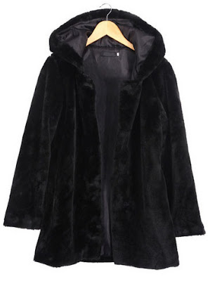 http://www.shein.com/Hooded-Long-Sleeve-Black-Coat-p-242732-cat-1735.html?utm_source=provarexcredere1.blogspot.it&utm_medium=blogger&url_from=provarexcredere1