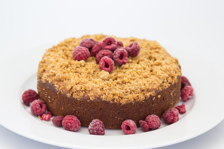 Hovkonditorn: Banana Curd-Raspberry Crumble Cake
