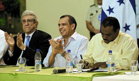 http://3.bp.blogspot.com/-EnGlTbYHMBU/TfuBizw9TSI/AAAAAAAAFJ0/1wXQ6SYvYbE/s1600/MUCA-Facusse_Aguan-Honduras.jpg