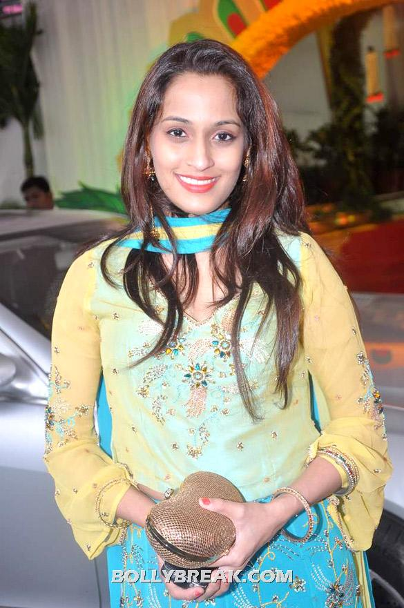 Shweta Pandit - (22) - Esha Deol Wedding Pics 2012 - Full Set