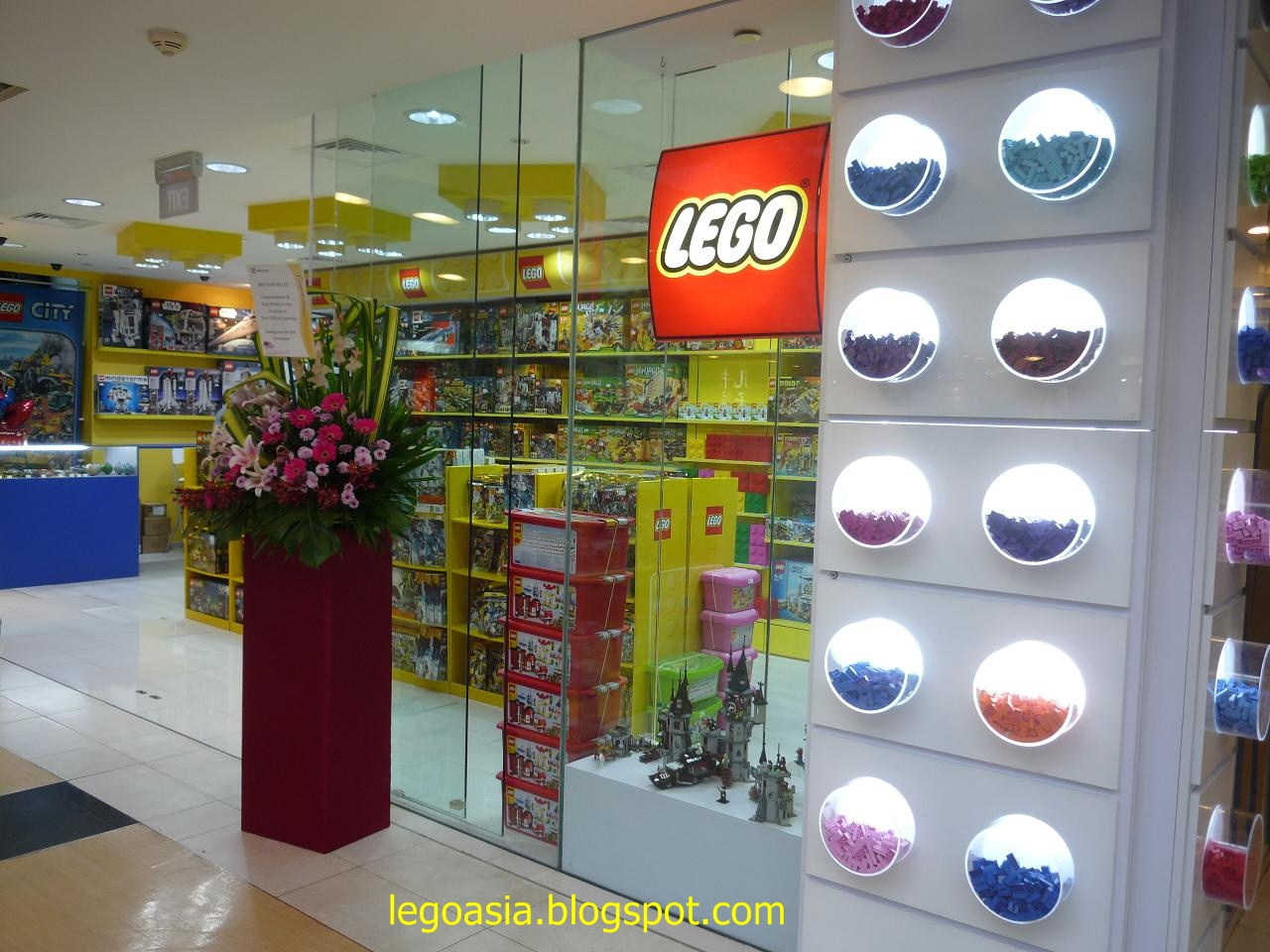 Lego Asia: New Lego Store at Northpoint,Singapore