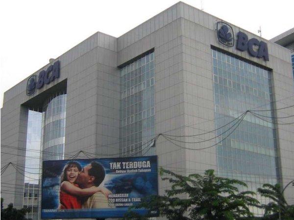 Lowongan Kerja 2013 Terbaru 2013 Bank BCA Jakarta dan Bali - S1 Semua Jurusan