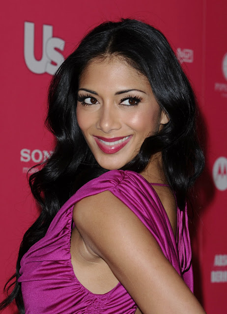 Nicole Scherzinger Fashionable Hairstyles Photos 14