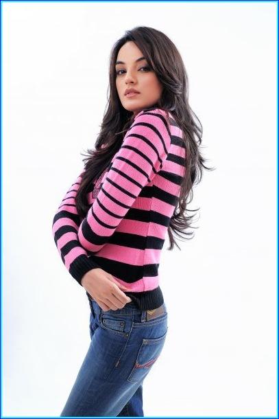 Sadia Khan hot