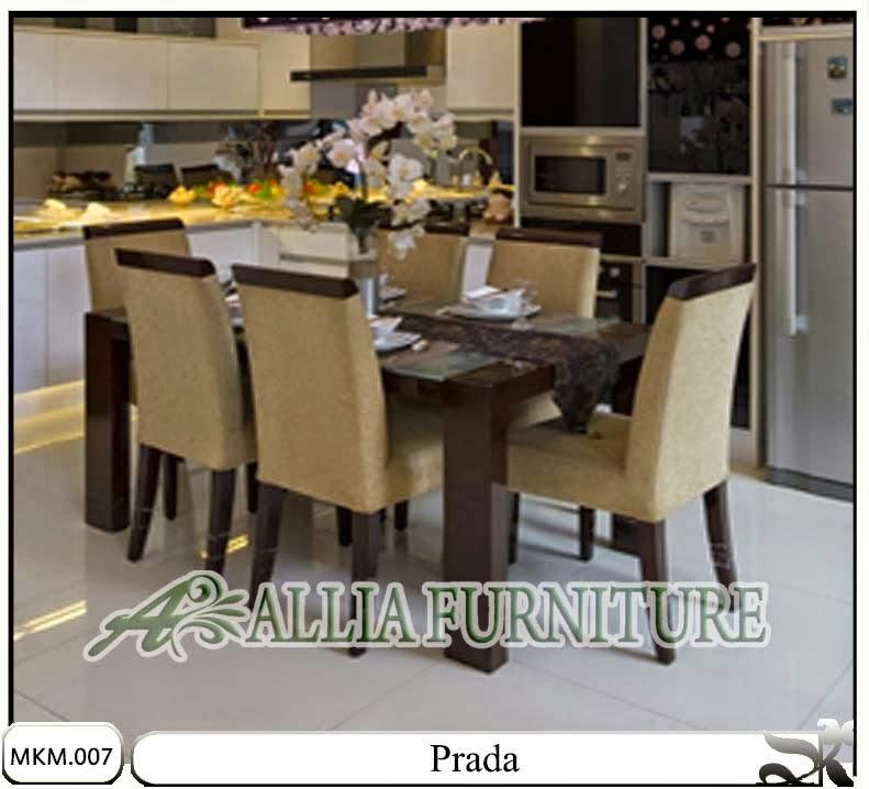 kursi dan meja makan minimalis set prada