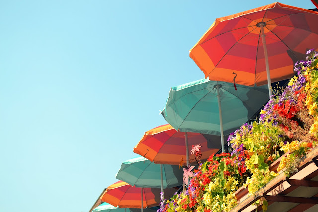 Seattle, summer, sun umbrellas, pike place, travel, color