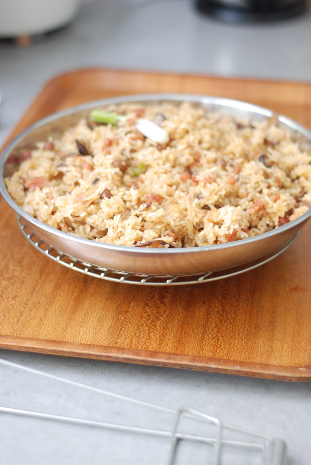 How To Cook Perfect Brown Rice In Order Of Frying, Add A Splash Of Oil  Into A Nonstick Saucepan And Heat 20160206friedricefoodlab68g