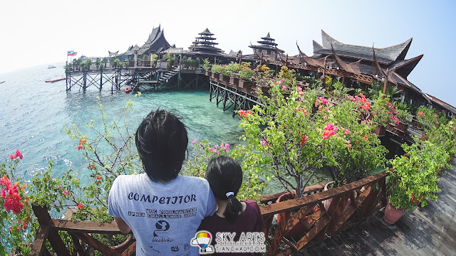 Visit to another beautiful resort in Mabul Island